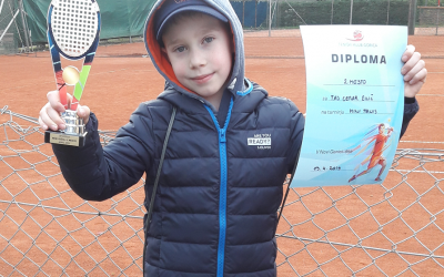 Uspeh učenca na teniškem turnirju